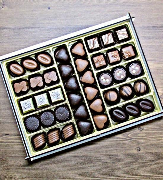 Kişiye Özel Harfli ve Tarihli Büyük Boy Nişan / Kız İsteme Çikolatası