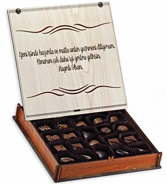 Yeni İşinde Huzurlu ve Mutlu Anlar Geçirmeni Diliyorum... Ahşap Kutulu Hediyelik Çikolata