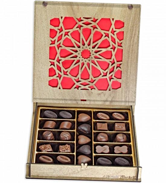 Selçuklu Yıldızı Desenli Ahşap Kutulu Hediye Çikolata