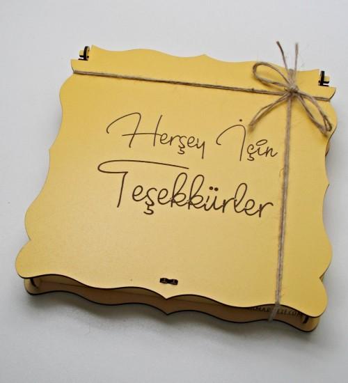 Her Şey İçin Teşekkürler Yazılı Ahşap Kutulu Hediyelik Teşekkür Çikolatası