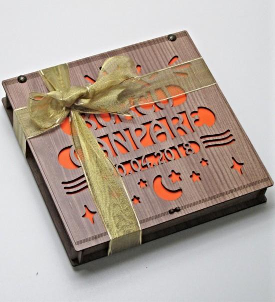 İsimli ve Tarihli Kişiye Özel Ahşap Kutulu Hediyelik Çikolata