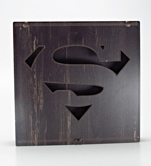 Superman Logolu Ahşap Kutulu Hediyelik Çikolata